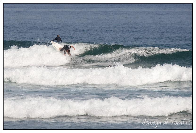 Fernando Ferrao finalizando un cutback. Foto Toral asemeyando.blogspot.com
